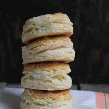 cheddar onion biscuits